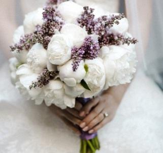 Какие цветы гости дарят на свадьбу